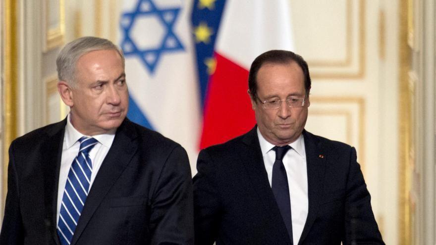 Le Premier ministre israélien Benyamin Netanyahou et le président français François Hollande le 31 octobre 2012 à l'Elysée à Paris