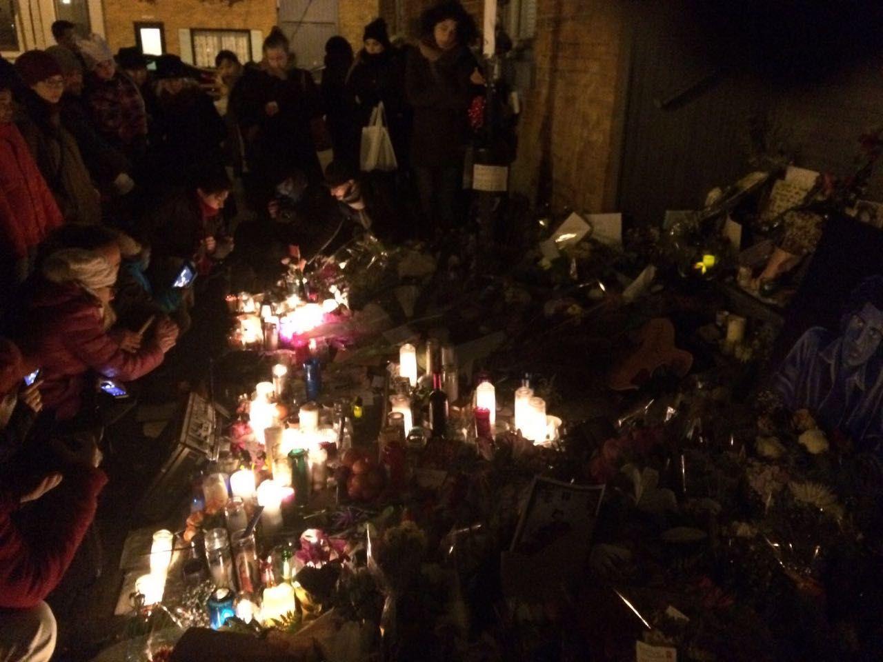 Fans huddled outside Leonard Cohen's Montreal residence