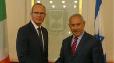 Le Premier ministre Benyamin Netanyahou et le ministre irlandais des Affaires étrangères Simon Coveney