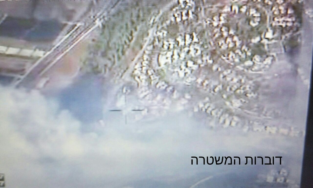 Aerial view of the fire burning in Zichron Yaakov on November 22, 2016