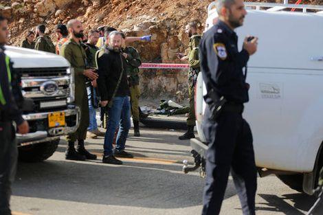 الجيش الإسرائيلي يفرض حصارا كاملا على مدينة رام الله بعد عملية اطلاق النا