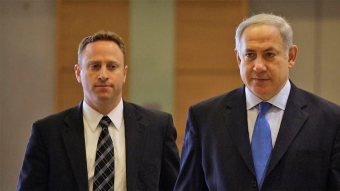L'ex-adjoint de Netanyahou a été payé par un groupe lié au milliardaire Lauder