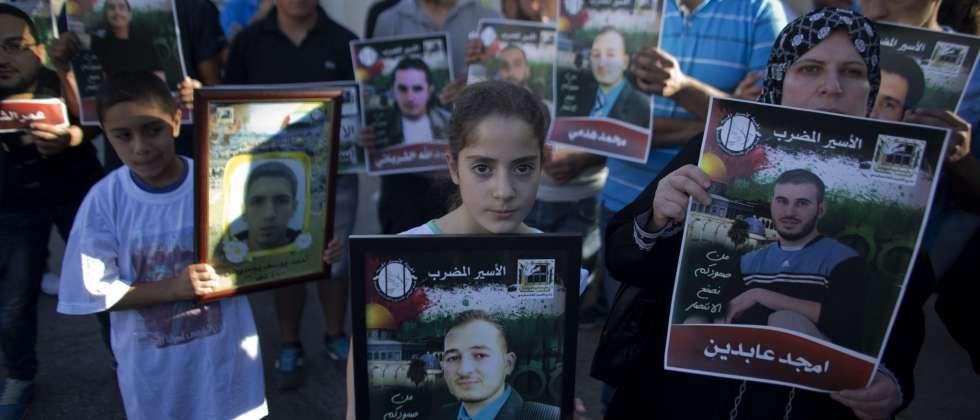 السلطة الفلسطينية: وضع الأسير أبو دياك  حرج جدا    I24News - ما وراء الحدث