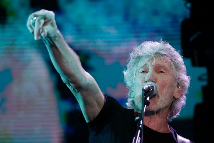 i24news roger waters calls for uk pink floyd cover band to cancel israel shows. Black Bedroom Furniture Sets. Home Design Ideas