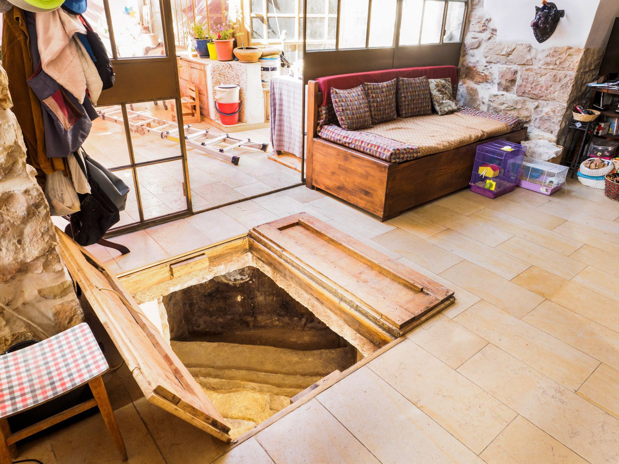 Bathroom Renovation Under 2000 i24news - 2,000 old jewish ritual bath found under a family's