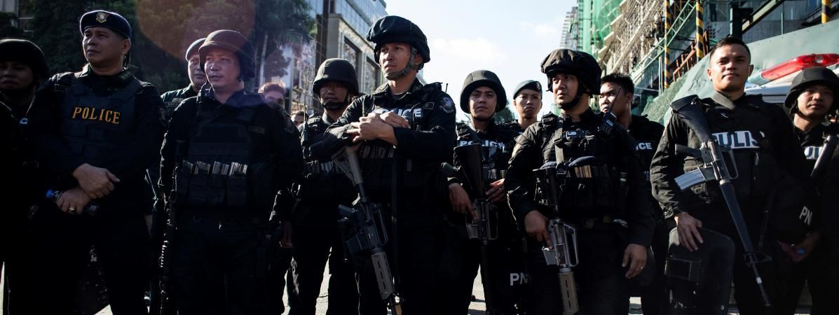 US special forces providing help in besieged Philippine city