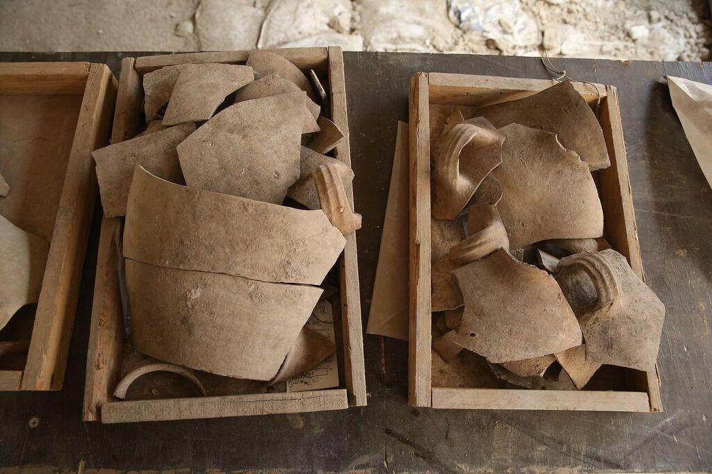 Shattered jugs attesting to Jerusalem's destruction