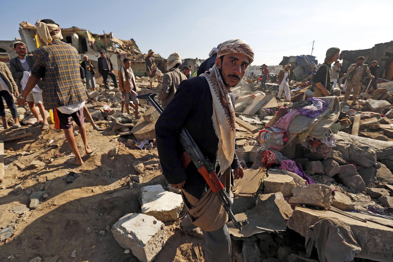 اليمن: أنباء عن بدء أول عملية