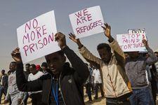 """Migrants africains en Israël: """"forte possibilité d'une expulsion vers l'Ouganda"""""""