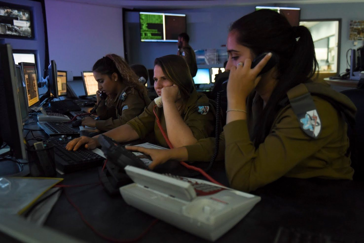 Israeli cyber-operators unearth ISIS plans of laptop bomb