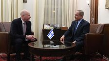 Assistant to the President and Special Representative for International Negotiations, Jason Greenblatt, left, meets Prime Minister Benjamin Netanyahu at the Prime Minister's Office in Jerusalem, March 13, 2017.