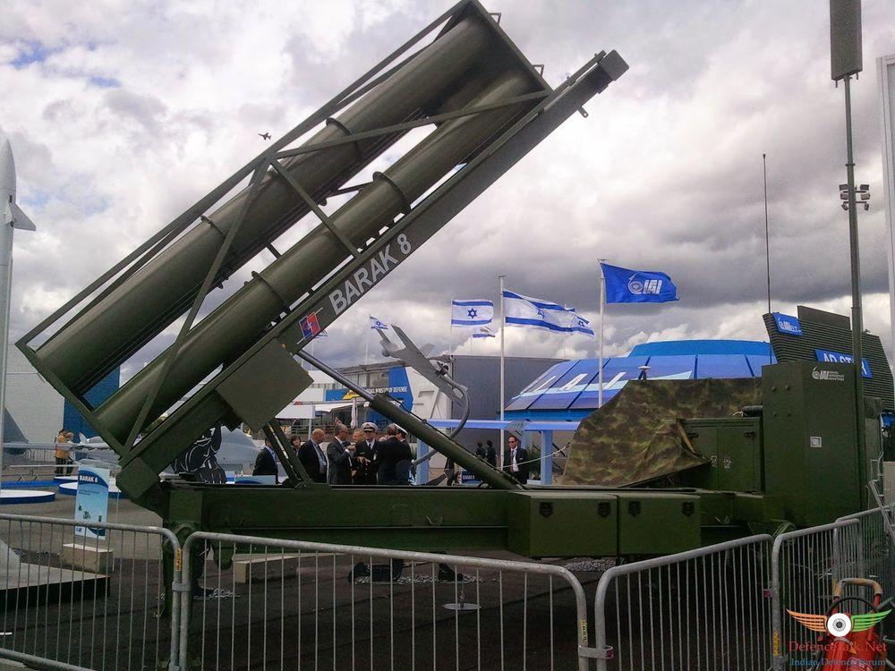 الصاروخ الهندي / الإسرائيلي Barak-8 _