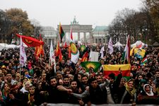 Germany's Kurds criticize 'ban' on Erdogan protest