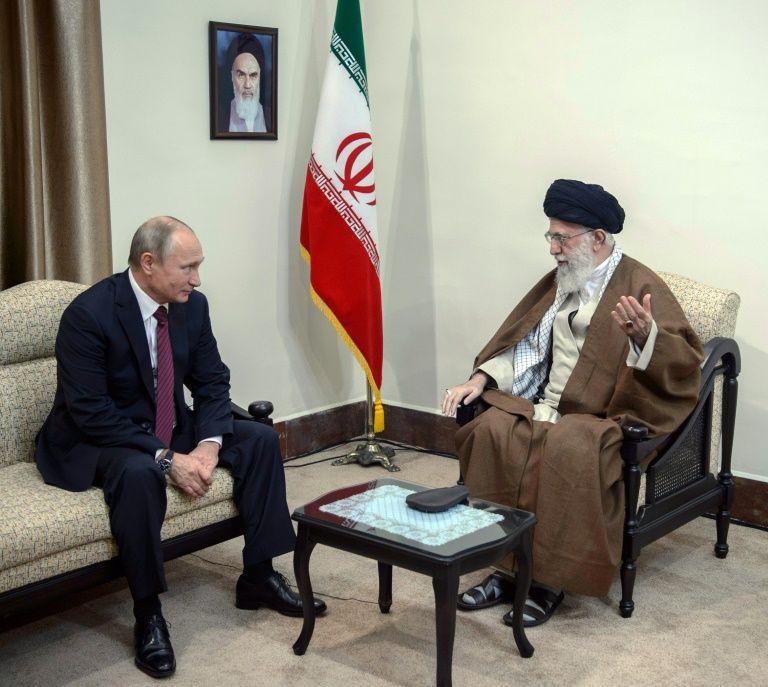 Khamenei diz que Irã e Rússia devem cooperar para isolar EUA e ajudar a estabilizar Oriente Médio