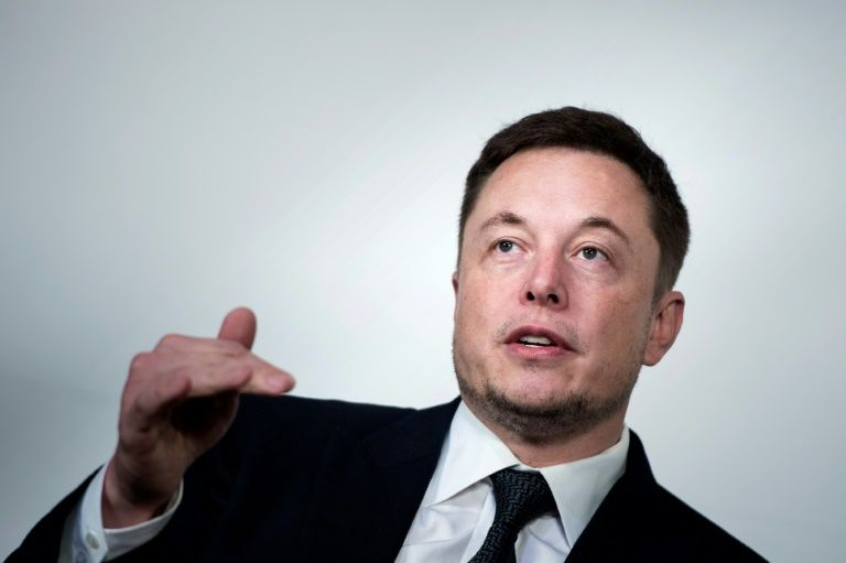 Elon Musk aiming to send people to Mars by 2024