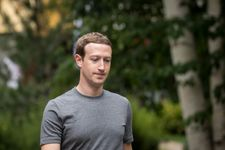 Zuckerberg breaks silence over data row, says Facebook must 'step up'