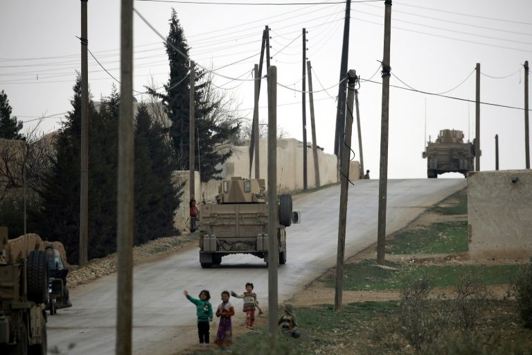 Syrie: l'artillerie US soutient une offensive contre un barrage stratégique