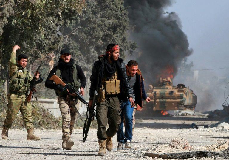 Syrie: attentat suicide de l'EI près d'Al-Bab, plus de 50 morts