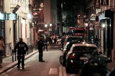 Attentat au couteau à Paris: remise en liberté de deux femmes