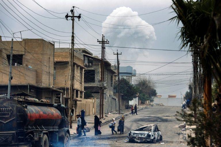 35 قتيلا فى تفجيرات انتحارية فى بغداد والبصرة و