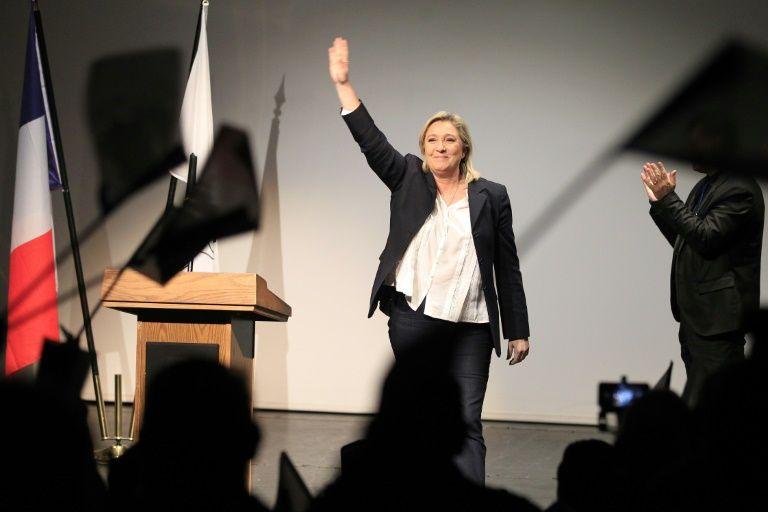 La présidente du Front national, Marine Le Pen, lors d'un meeting à Ajaccio, en Corse, le 28 novembre 2015