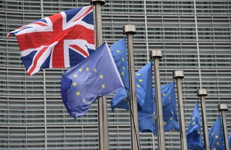 La Commission européenne et le gouvernement britannique ont affiché leur soulagement après leur accord de vendredi pour organiser le Brexit