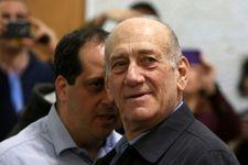 """Israël: l'ex PM Olmert conseille à Netanyahou de """"fuir"""" et """"disparaître"""""""