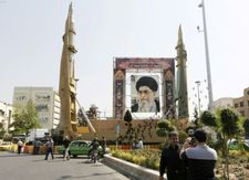 Iran threatens to 'vigorously' resume enrichment if US quits nuclear deal