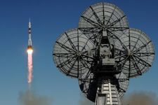 Rocket bound for ISS fails, crew survives emergency landing