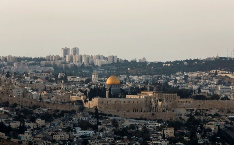 White House considering recognizing Jerusalem as Israel's capital before end of year