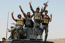 مقاتلون موالون للحكومة العراقية في الانبار في 27 ايار/مايو 2016