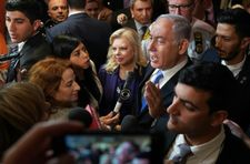 Netanyahus face fresh police questioning in telecom corruption probe