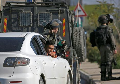 Israeli forces block Palestinian city of Ramallah as W. Bank violence continues