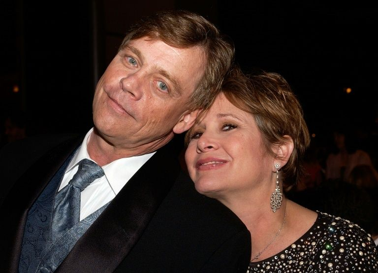 Actor Mark Hamill (Luke Skywalker) Carrie Fisher (Princess Leila) at a dinner in honor of George Lucas in Hollywood, California, June 9, 2005