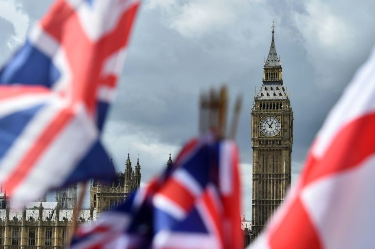 United Kingdom sticks to ending free movement in 2019