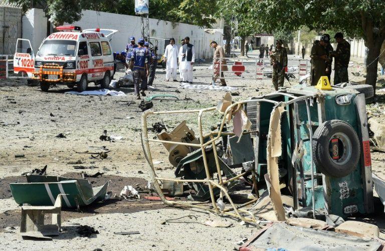 Bomb blast kills 15 in southwestern Pakistan