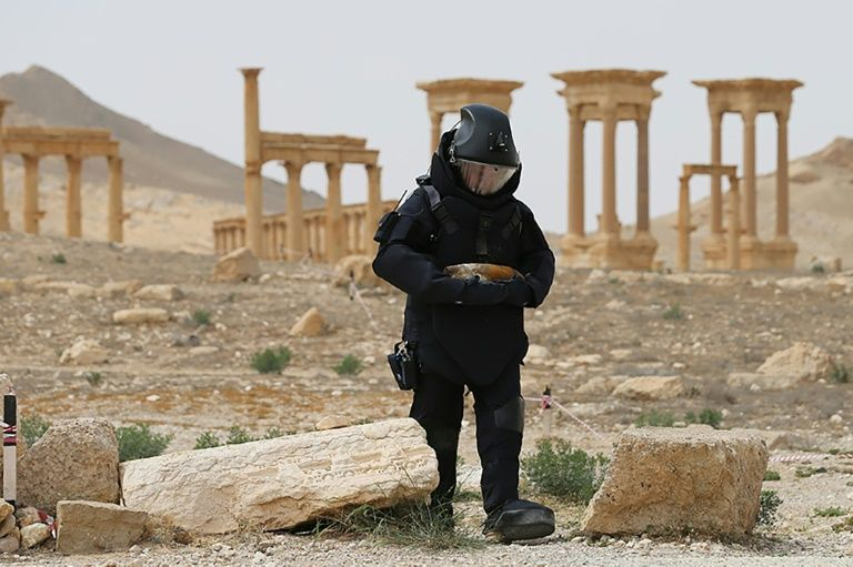 Russian army sapper working in the ancient Syrian city of Palmyra