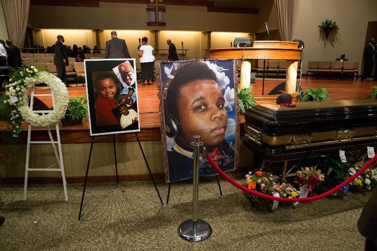 وزارة العدل الأمريكية تدرس إغلاق ملف التحقيق في حادثة قتل فتى أسود في فيرغسون   I24News - ما وراء الحدث