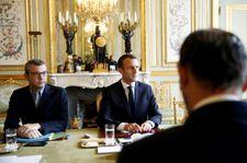 """""""Gilets jaunes"""" : Macron s'exprime lundi pour tenter de sortir de la crise"""