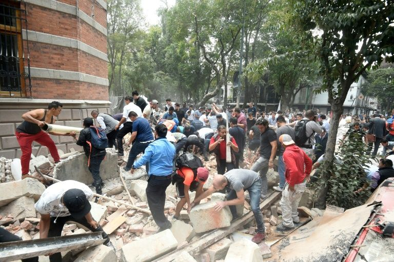 At least 42 dead after powerful quake rocks Mexico City