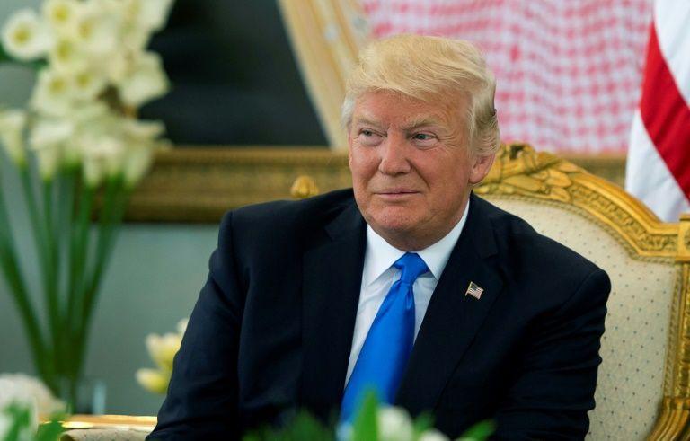 Trump, premier président américain en exercice au mur des Lamentations