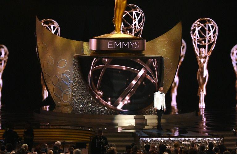 L'animateur des Emmys Jimmy Kimmel lors de la cérémonie au Microsoft Theatre, le 18 septembre 2016 à Los Angeles