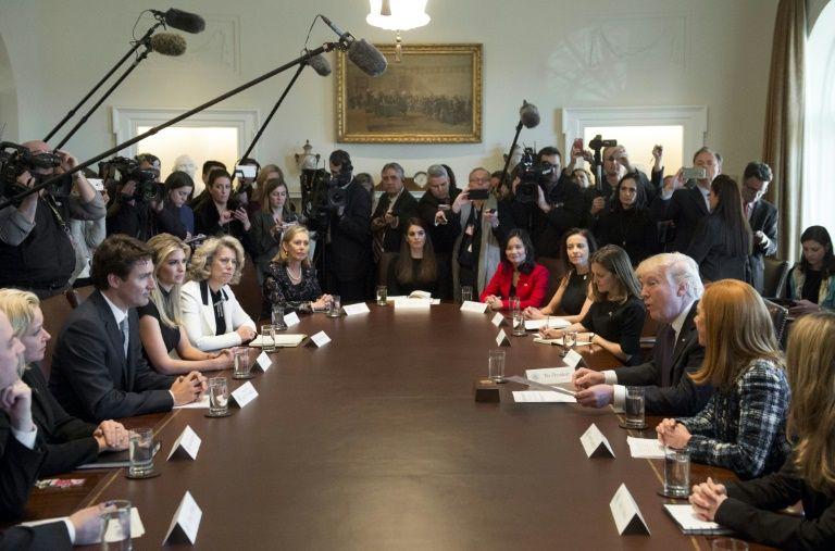 Donald Trump reçoit le Premier ministre canadien Justin Trudeau dans la Maison Blanche à  Washington le 13 février 2017