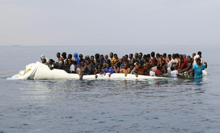 35 opérations de secours pour près de 4000 migrants — Méditerranée