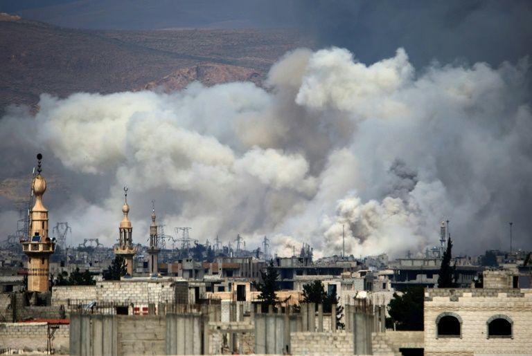 جرحى في إنفجار على حاجز للجيش السوري بأطراف دمشق