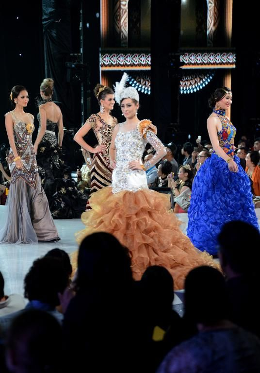 Miss World 2013 contestants take part in a fashion show in Nusa Dua on Indonesia's resort island of Bali on September 24, 2013
