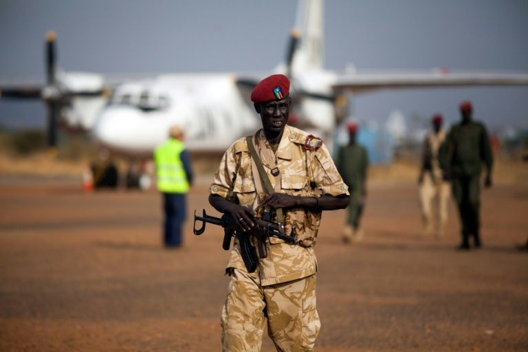 Plane crash-lands in S.Sudan, at least 37 injured