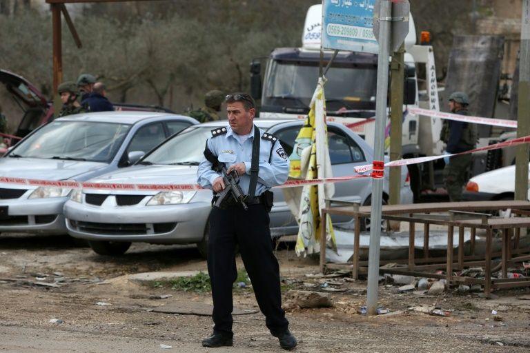 إطلاق النار على فلسطيني حاول طعن جنديين اسرائيليين في نابلس