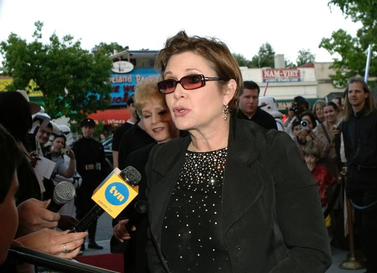 "Actress Carrie Fisher arrives at the premiere of ""Star Wars Episode III: Revenge of the Sith,"" at the Loews Cineplex Uptown Theatre on May 12, 2005 in Washington, DC"