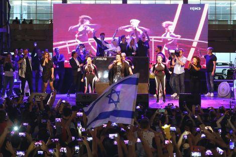 """Les relations se sont envenimées entre Israël et les Pays-Bas, l'ambassade israélienne s'étant plainte mardi d'une parodie néerlandaise de la chanson de Netta Barzilai, gagnante de l'Eurovision 2018, la qualifiant de """"honteuse"""" et de """"mauvais goût""""."""